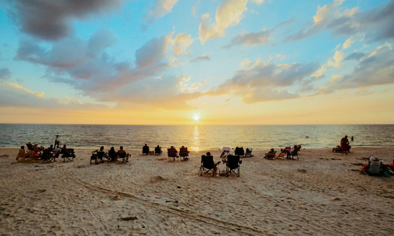 siesta key beach sunset pointe
